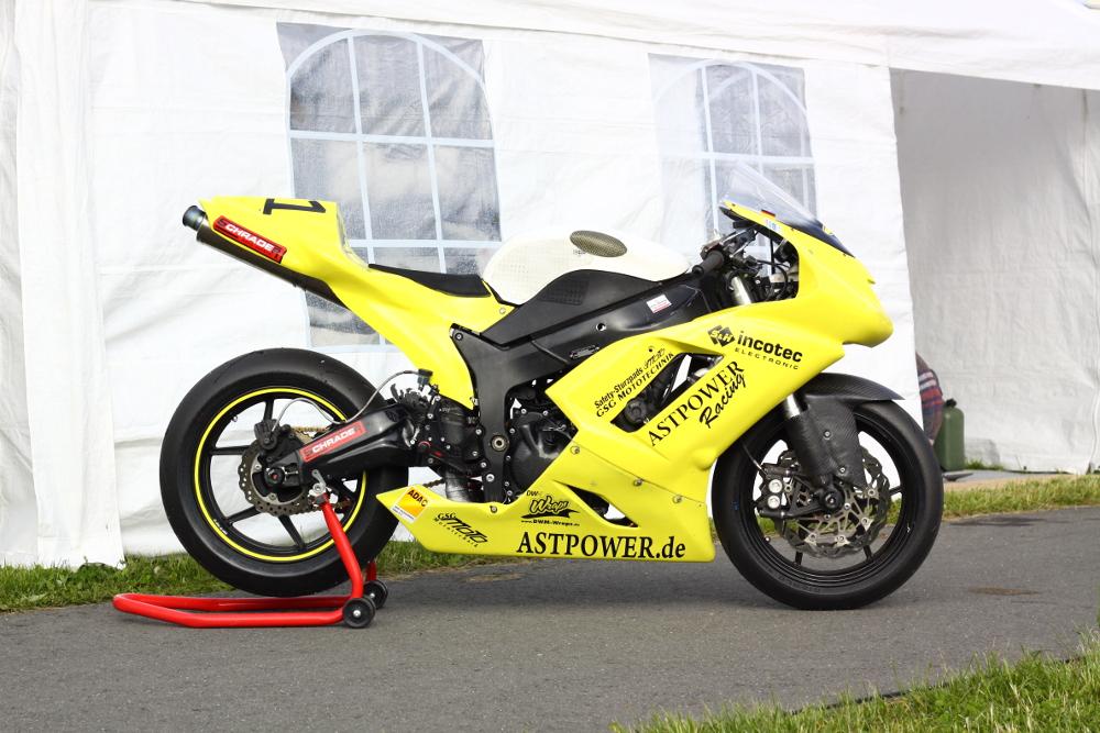Einsatzmotorrad 2013 - 2014, AST Power, Rennmotorrad aufbauen, Motorradwerkstatt Lemgo