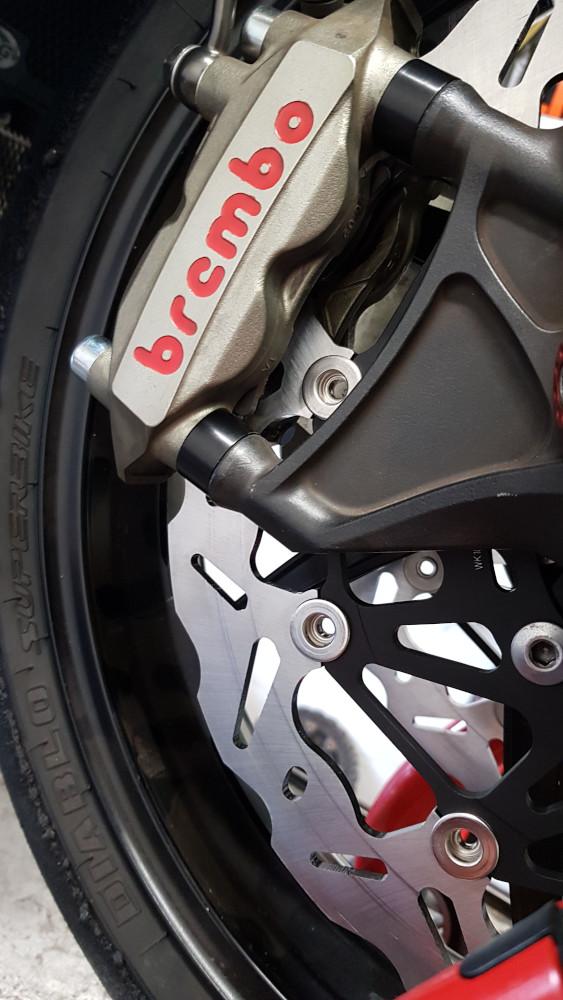 brembo Bremsscheibe kaufen, Motorrad Zubehör, Bremsscheiben einbauen lassen, Motorradwerkstatt Lemgo
