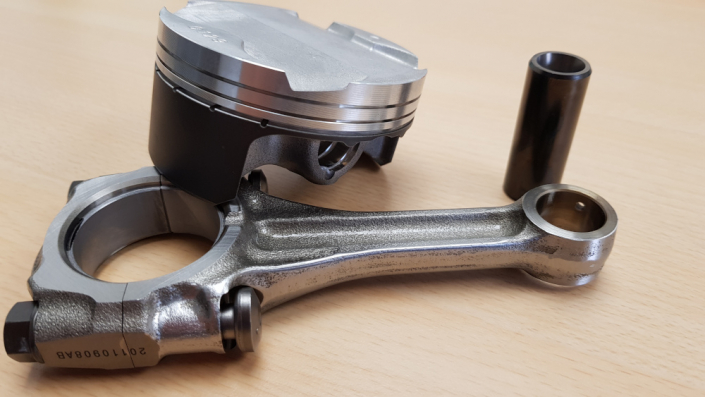 Motorrad Tuning Projekt ZX- 10R,, Pleuel, Kolbenbolzen, Kolben bearbeitet